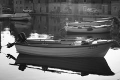 Båtar (dese) Tags: july142018 july14 2018 2018 europa croatia kroatia adriahavet adriatic ferie july juli summer sommar sommarferie europe adriaticsea hamn båtar vrboska hvar fjord kil