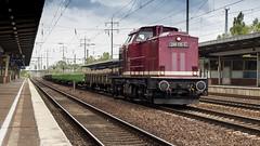 Lok Ost 298 135 storming through Schönefeld Bahnhof (Nicky Boogaard) Tags: schonefeldbahnhof guterzug bahnhofberlinschönefeldflughafen dbcargo deutschebahn db baureihe br298 v100 298135 lokost