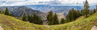 North panorama at Hells Canyon overlook