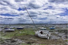 low tide ... bassa marea  ... (miriam ulivi - OFF /ON) Tags: miriamulivi nikond7200 francia france bretagna bretagne golfodimorbihan bassamarea barcheinsecca lowtide boatsindry cielo nuvole sky clouds