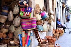 Botigues de ràfia, Gata de Gorgos, Alacant, Comunitat Valenciana (MARIA ROSA FERRE) Tags: gatadegorgos alacant comunitatvalenciana botiguesderàfia