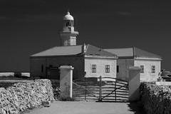 Far de Punta Nati, Menorca (herbert@plagge) Tags: fardepuntanati leuchtturm menorca spanien balearen architektur lighthouse architecture balearicislands spain blackandwhite