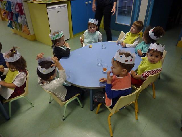 Photo 6 - Dégustation de la galette des rois