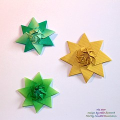 Iris Star (Dáša Ševerová) (AnkaAlex) Tags: origami paperfolding papercraft paperfoldingart paper papel stars origamistar