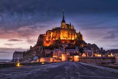 Mont Saint Michel (photoserge.com) Tags: montsaintmichel monument architecture bluehour leading line sky clouds