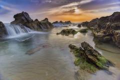 COLOR SWIMMING POOL (www.studio360fotografia.es) Tags: bolonia atardecer tarifa playa beach sea water colors rocas rocks paisaje landscape nikon d700 nikkor 1835g