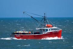 Nothin' But Net (jah32) Tags: red boats boat fishingboat fishingboats workingboats bayoffundy stmartins newbrunswick canada summer summertime summercolours summercolour atlantic ocean