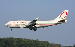 Royal Air Maroc Boeing 747-428 CN-RGA / BRU (RuWe71) Tags: royalairmaroc atram ram morocco casablanca boeing boeing747 b747 b744 b747400 b747428 boeing747400 boeing747428 jumbo cnrga cn25629956 brusselsairport brusselsnational brusselszaventem brusselszaventemairport brusselzaventem zaventem bru ebbr landing winglets widebody runway queenoftheskies