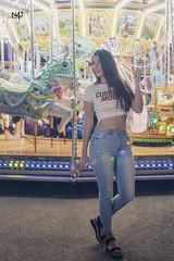 Carousel (n4i.es) Tags: 2018 atracciones feria feriadelcaballo globo globoconluces leds lucesdecolores marinarodriguez saragonzalez sesión tiovivo vaqueros jerezdelafrontera cádiz spain girl model fair carnival whitetshirt carousel feriadejerez brunette n4iphoto n4ies