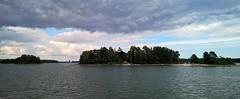 Summer day at Espoo Archipelago III (Uup115) Tags: espooarchipelago espoo archipelago cameraphone sea island gulfoffinland suomenlahti saaristo ulkosaaristo