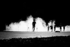 (alex bo.) Tags: blackandwhite noiretblanc bw monochrome mono fuji fujifilm xt20 nantes fumée smoke water silhouette contrast