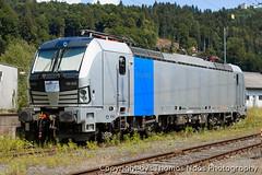 193 826-5 (Thomas Naas Photography) Tags: kufstein österreich austria eisenbahn railways zug züge train lokomotiven locomotives fahrzeug outdoor siemens vectron ac x4e hlg holzlogistik güterbahn gmbh railpool