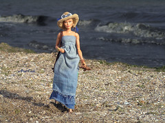 Walking on the beach (ArtCat80) Tags: saga barbie mattel collector barbiecollector wonder woman ww doll beach sea summer sand hat denim sewing knitting