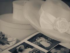 White Wedding 16.8.1996 (B. Blue) Tags: hat hut smileonsaturday stimmung romantisch hatsandco memories hochzeitstag mono wedding anniversary hochzeit weis erinnerung processing sw atmosphere blackwhite bw monochrome romantic schwarzweiss white