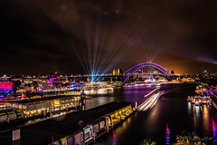 Vivid Sydney (Theresa Hall (teniche)) Tags: australia canberra circularquay newsouthwales nikond750 sydney sydneyharbour sydneyharbourbridge sydneyoperahouse teniche theresahall vivid vividsydney vividsydney2018 beams boats color colour harbour lights museum nightphotography nikon quay water