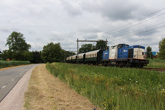 Volkerrail 203-1 + VSM rijtuigen   Barneveld, 9-7-2018 (Arnoud - Fotografie) Tags: vsm train trein zug spoorlijn ns volkerrail 2031 barneveld rail railway railroad canon oostenrijkers beekbergen
