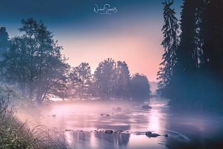 Flußidylle an der Ilz ... Bodennebel bildet sich nach dem Sonnenuntergang