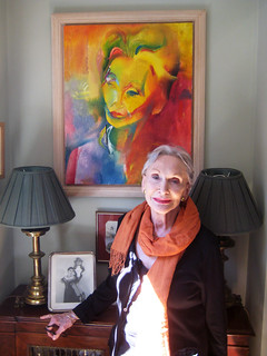 Dame Siân Phillips with her portrait by Stephen B Whatley. June 2018