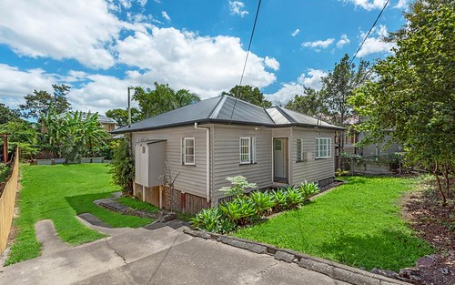 46 Pampling St, Camp Hill QLD 4152