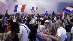 France FIFA World Champion 2018 - FÉLICITATIONS! (sigi-sunshine) Tags: bengalos worldcup wm soccer fussball fusball weltmeister weltmeisterschaft france frankreich 2018 russland moskau tricolore fifa strasbourg strasburg publicviewing party victory final finale endspiel kroatien croatia