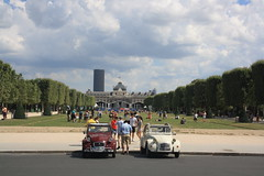 Parc Du Champ de Mars (lazy south's travels) Tags: paris france french capital city urban car citroen 2cv classic park parc building architecture military college tourist tourism summer people