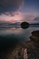See how different a picture looks like when you come back at sunset ... (tobi_mai_er) Tags: earth travelling travel travelphotography alpha7 sonyalpha silence ndfilter nd longtimeexposure lakeview lake sea sunrise sunset nature photographer photography photograph landscapephotography landscapes landscape