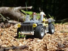 Heia Safari (captain_joe) Tags: sooc toy spielzeug 365toyproject lego minifigure minifig moc car auto jeep
