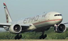 A6-ETI (AnDyMHoLdEn) Tags: etihad 777 boeing777 egcc airport manchester manchesterairport 05r