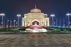 UAE Presidential Palace - Abu Dhabi (Joao Eduardo Figueiredo) Tags: palace abu dhabi nikon nikond850 joaofigueiredo joaoeduardofigueiredo united arab emirates unitedarabemirates uae water fountain neon lights gate presidential