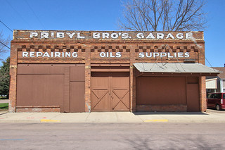 Pribyl Bros. (Northwestern) Garage - Elyisan, MN