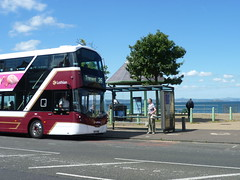 Lothian 490 at Joppa, Edinburgh. (calderwoodroy) Tags: eclipsegemini3 wrightbus b5tl volvo sf17vob 490 service26 edinburghtransport transportforedinburgh lothianbuses coillesdenedrive doubledecker bus busstop seaviewterrace joppa edinburgh scotland