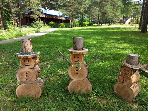 Foresty the Snowmen ©  ayampolsky