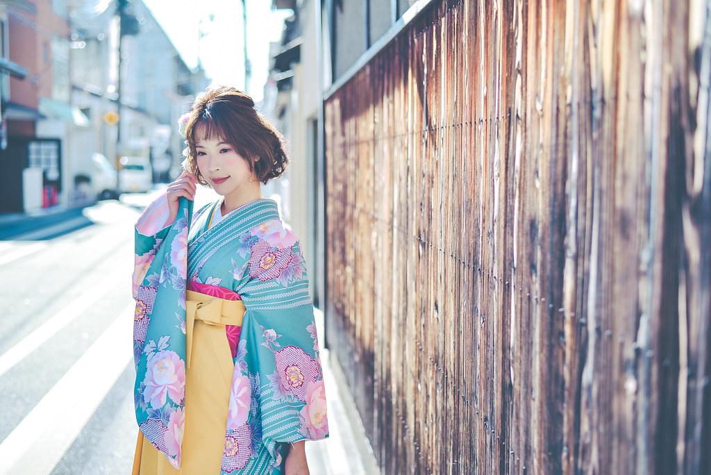 walking around kyoto in kimono-1-8