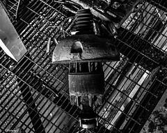 Abandoned CCI Power Building: Broken Things (that_damn_duck) Tags: nikon blackwhite monochrome abandoned ccipowerbuilding machinery urbex urbanexplorer grate bw blackandwhite