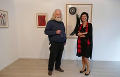 Jan Theuninck visiting Portuguese artist Teresa Gonçalves Lobo at Casa do Brasil in Brussels (Gray Moon Gallery) Tags: teresagonçalveslobo jantheuninck casadobrasil embassyofbrazil brussels 2018