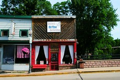 Shirley's Barber Shop - Montello, Wisconsin (Cragin Spring) Tags: montello montellowi montellowisconsin wisconsin wi midwest unitedstates usa unitedstatesofamerica smalltown bars barbershop shirleysbarbershop