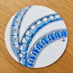 Delft Delights with Anibal (ZChrissieCZT) Tags: plate zentangle delftdelights delft anibal blue