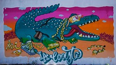 IMGP5425 Lacooste crocodile (Claudio e Lucia Images around the world) Tags: murales graffiti streetart milano vialemonza ferrovia via pontano milanese pentax pentaxk3ii sigma sigma1020 pittura face faccia murale art viapadova padova persone muro coccodrillo crocodile lacoste fashion gold goldrings guccibag