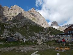 DSCN0200 (Puntin1969) Tags: rifugio vista valdifassa fassa montagna trentino estate fresco nikon coo dolomiti