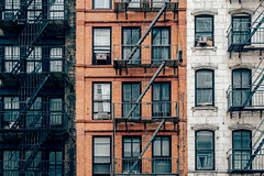 fire escapes (freiraum7) Tags: sony a6300 i e 18135mm f35f56 oss
