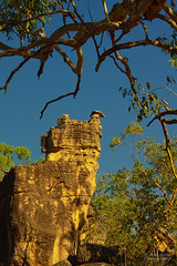 Precarious (Peedie68) Tags: australia northernterritory nt litchfieldnationalpark thelostcity rocks rockformations weathered
