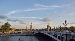 golden hour Paris (kalakeli) Tags: bridges brücken lesinvalides invalidendom pontalexandreiii hôteldesinvalides goldenhour paris france 2018 juli july