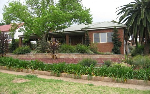 6 Want St, Parkes NSW 2870