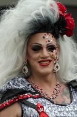 Drag queen (vienadirecto) Tags: wien vienna gay schwul gaypride orgullo orgullogay regenbogenparade viena austria österreich europe regenbogen 2018