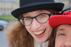 selfie fail, oops :) (House Of Secrets Incorporated) Tags: paris france citytrip vacances spring jardindestuileries tuileries tuileriesgarden garden park citypark selfie selca hilde bertvdw