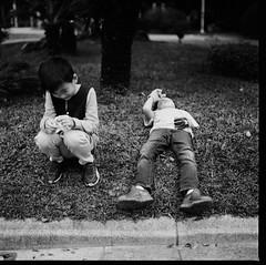 000913110010 (Steven Tsai (正港蔡爸)) Tags: hasselblad501c hasselblad planar128f80mm shanghaigp3100 expiredfilm bw mediumformat analog film filmphotography