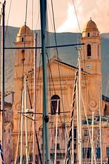 486 - Bastia à travers le Vieux Port, église Saint-Jean Baptiste (paspog) Tags: bastia port hafen haven vieuxport mai may 2018 églisesaintjeanbaptiste église church kirche corse corsica france