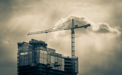 saying goodbye ({Brinkervelt}) Tags: chicago construction crane building city urban sky clouds monochrome light sunlight