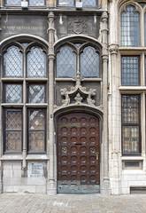Old door in Antwerp, Antwerpen, Belgium (Ingunn Eriksen) Tags: door antwerpen antwerp belgium nikond750 nikon