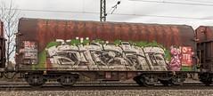 148_2018_03_10_Menden_6185_042_DB_mit_gem_Güterzug_Köln (ruhrpott.sprinter) Tags: ruhrpott sprinter deutschland germany allmangne nrw ruhrgebiet gelsenkirchen lokomotive locomotives eisenbahn railroad rail zug train reisezug passenger güter cargo freight fret staugustin mendenrheinl koblenz köln db dispo mrcedispolok rtb sbbc sncb eloc rb27 ice ic es64u2 es64f4 rurtalbahn pcc mosolf txltxlogistik wlb 0037 1216 4482 6101 6143 6145 6151 6152 6185 6186 7186 6187 6189 6193 0425 bahnbaugruppe logo outdoor natur graffiti